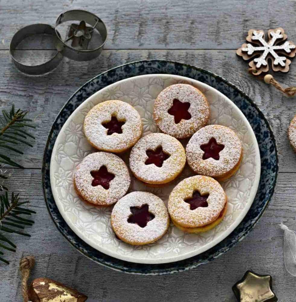 Czech linecké cukroví linzer cookies