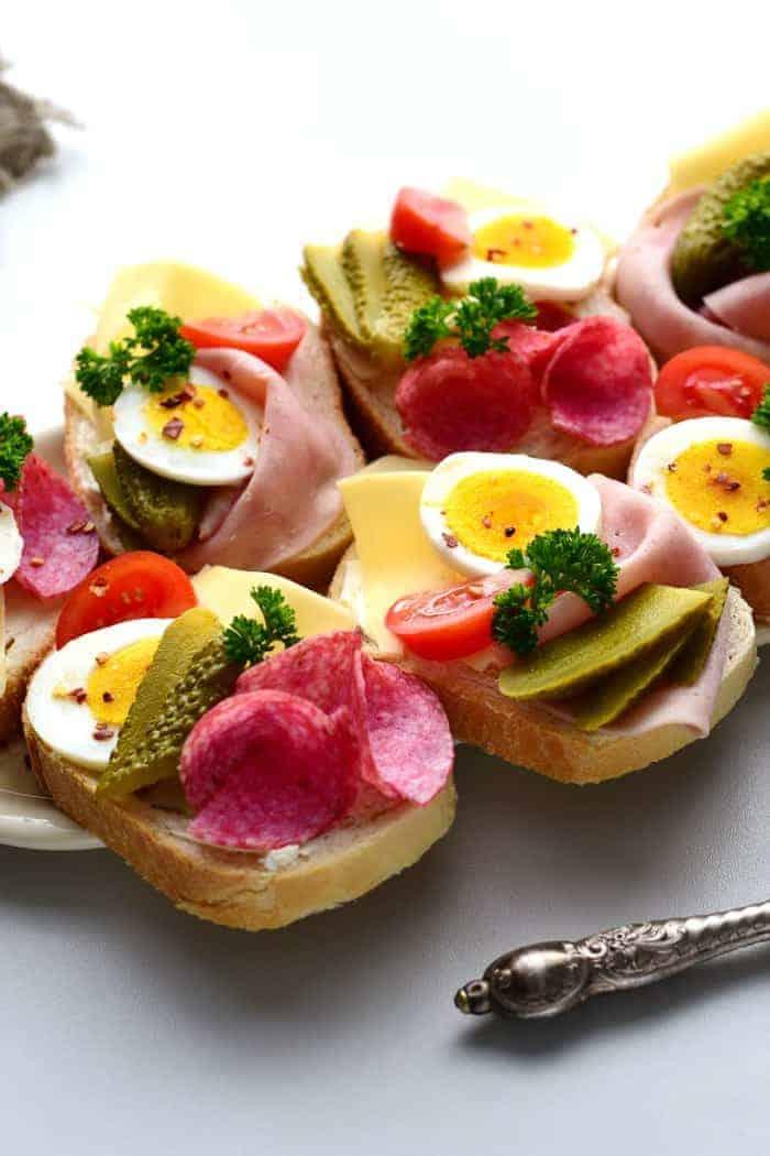 czech opan face sandwiches
