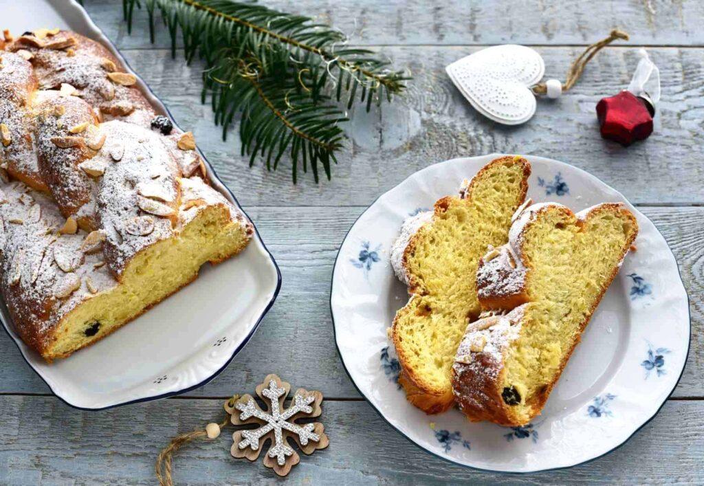 czech vánočka braided sweet bread