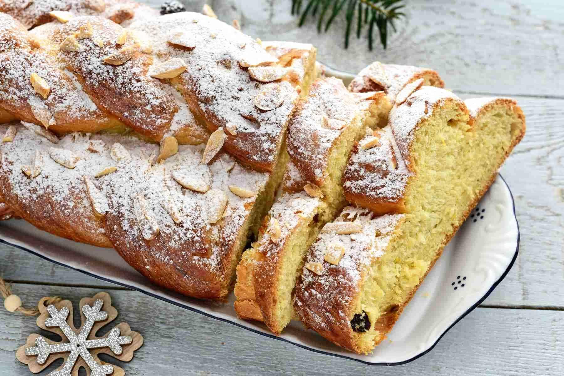 czech vánočka braided christmas bread