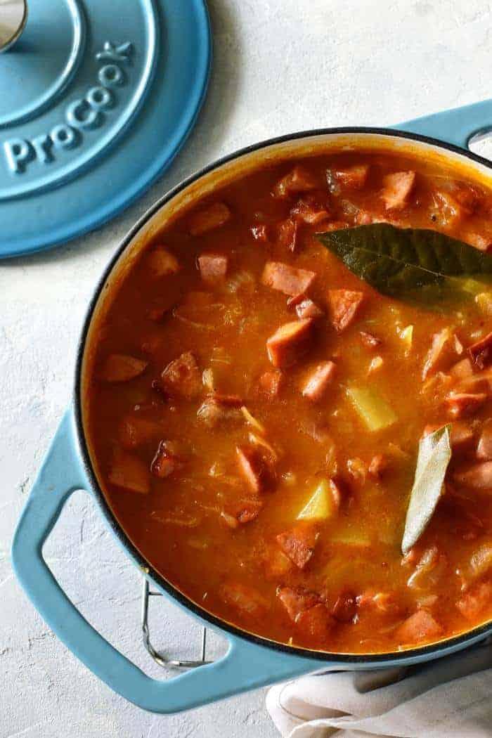 zelňačka soup in pot