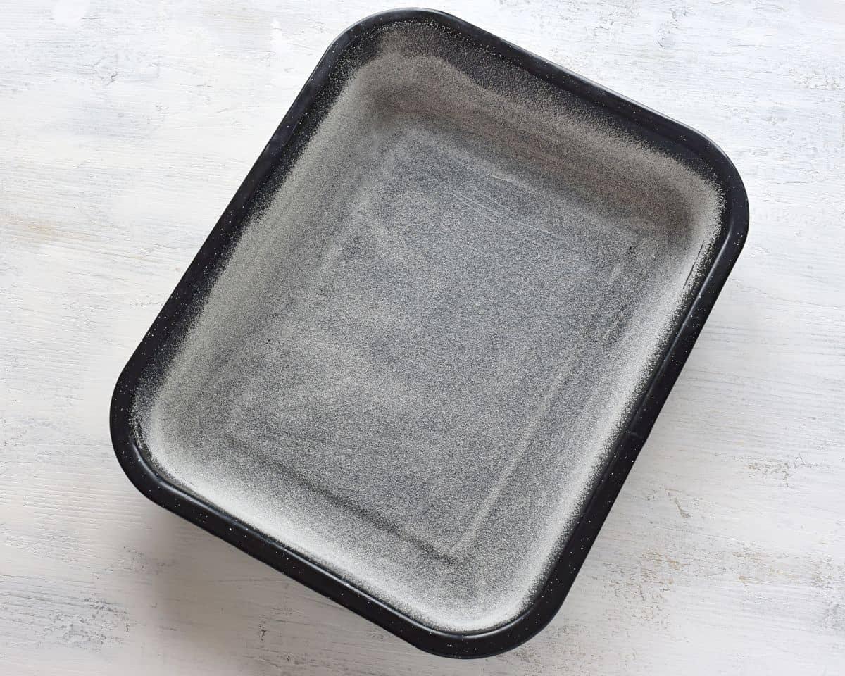 floured banking pan