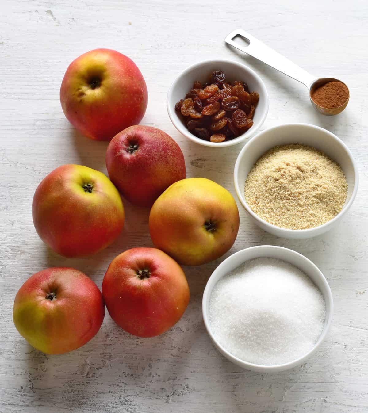 ingredients for apple filling - strudel