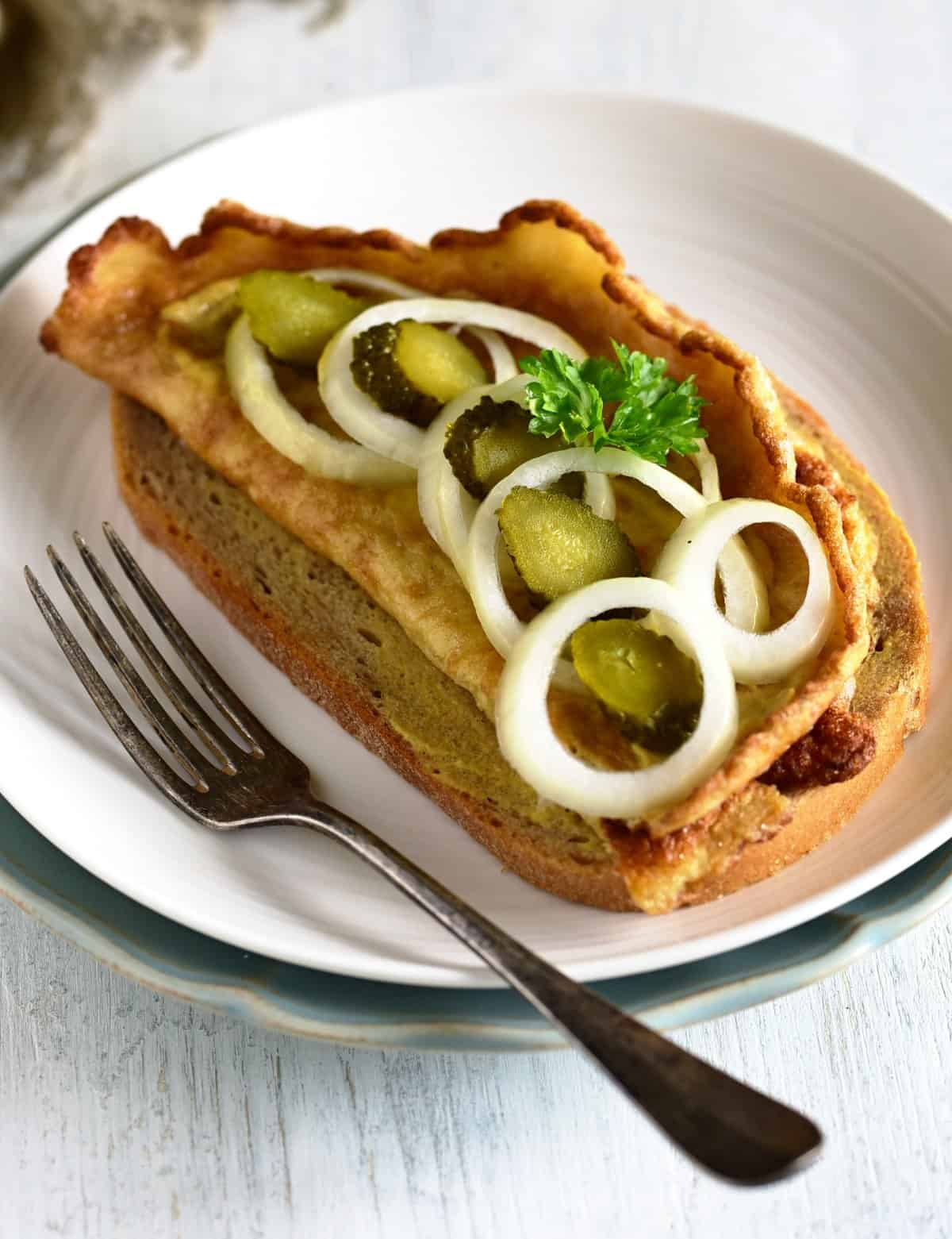 bread crums omelette with onion and pickles