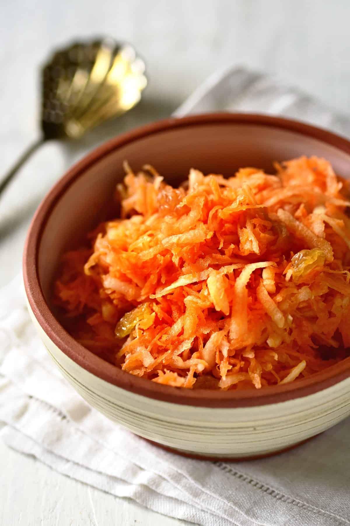apple carrot salad mrkvový salát