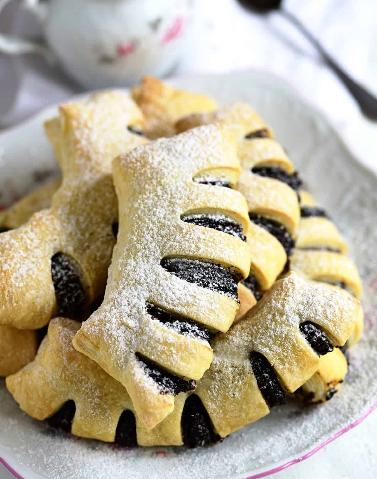puff pastry with poppy seed filling