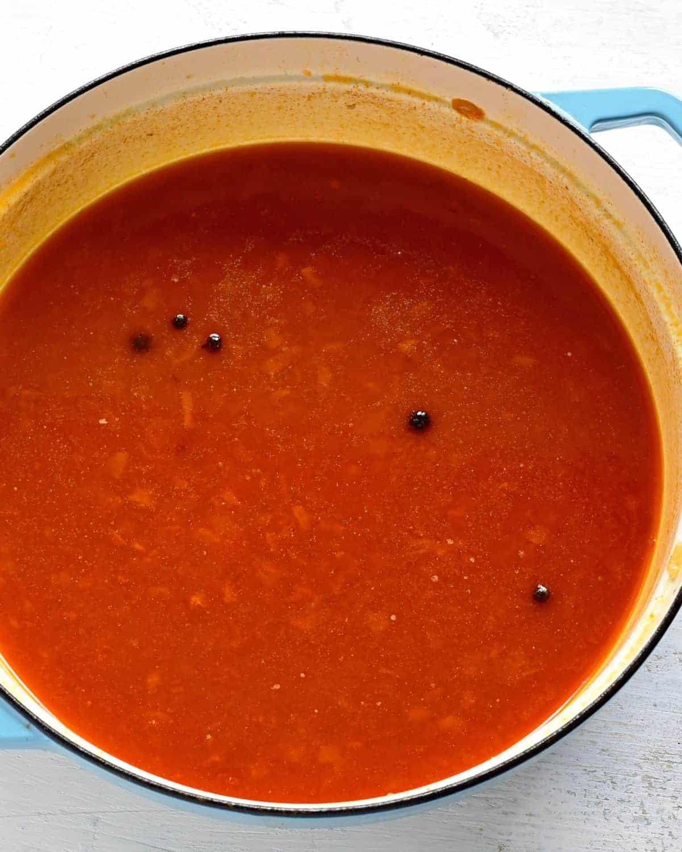 making chicken paprikash sauce