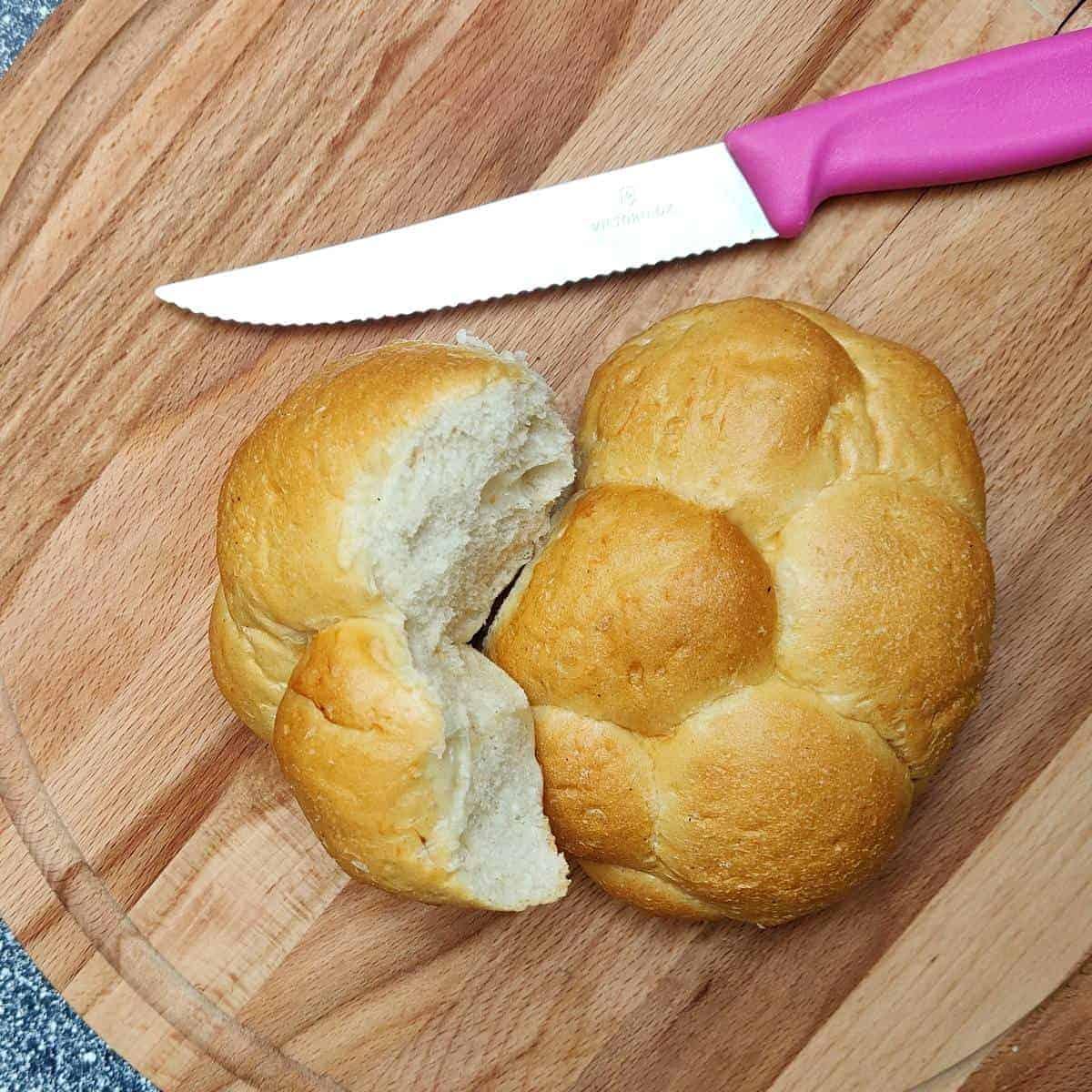 czech braided houska roll