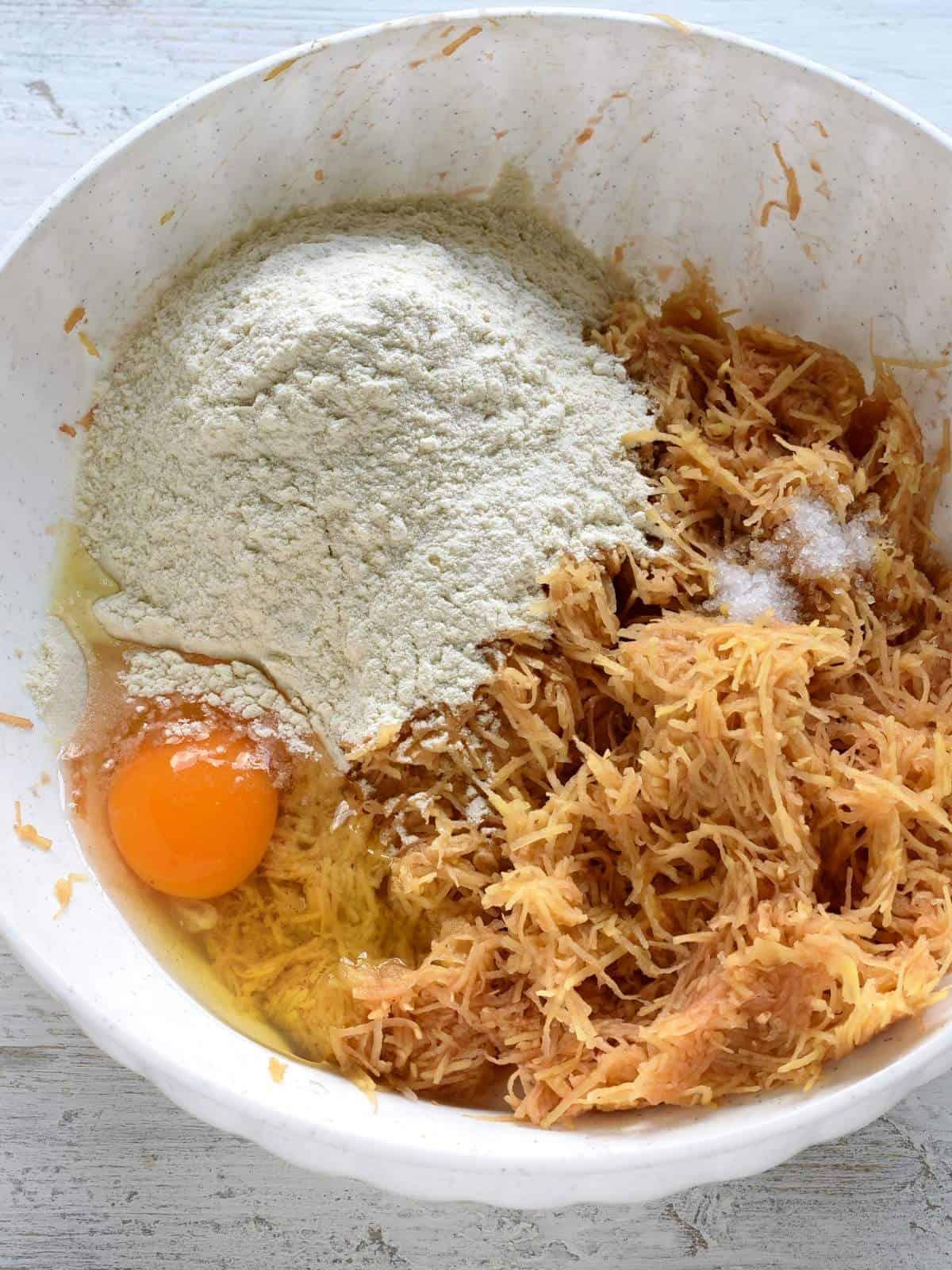 making chlupate knedliky dough