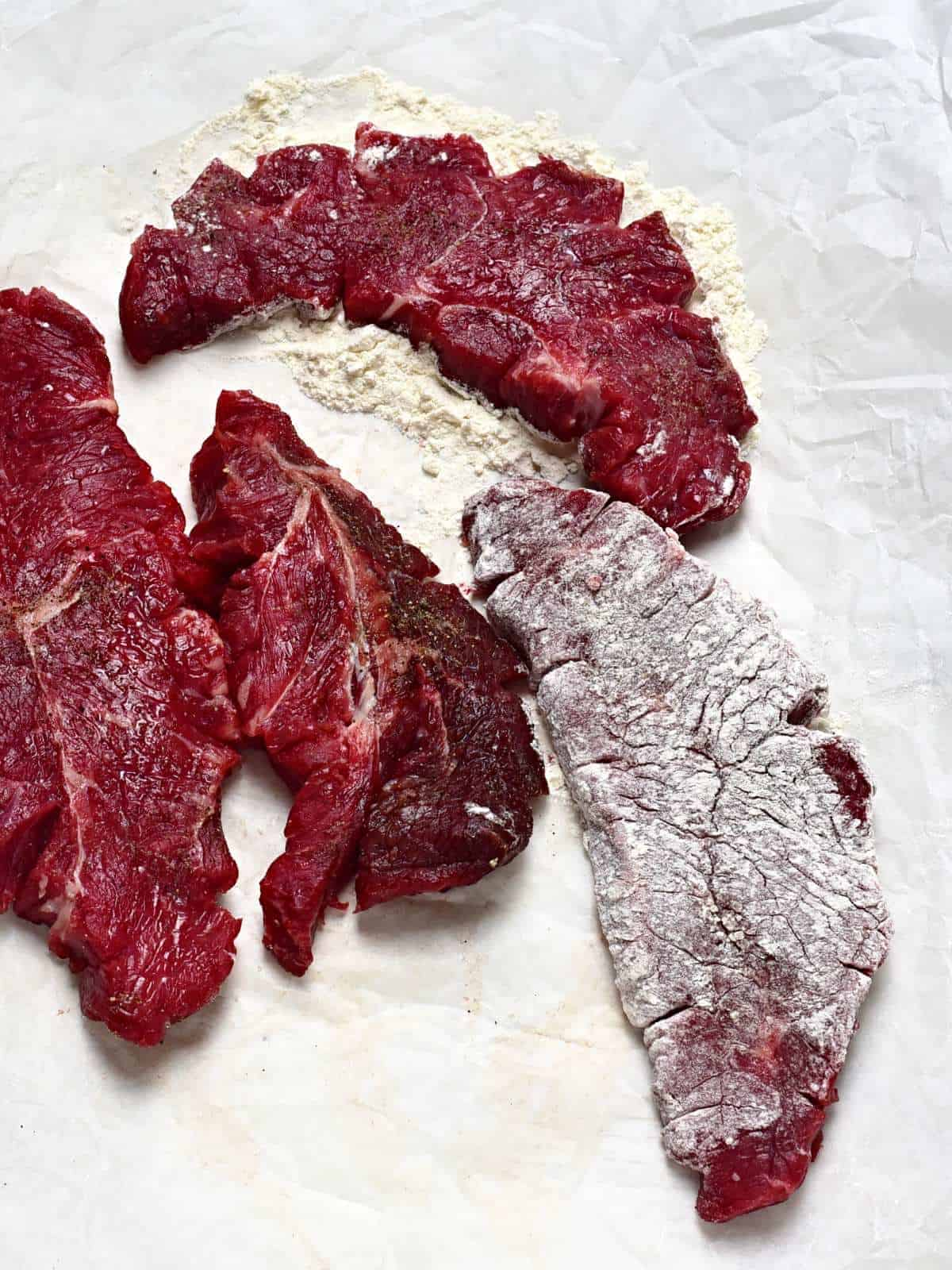 beef slices dredged in flour
