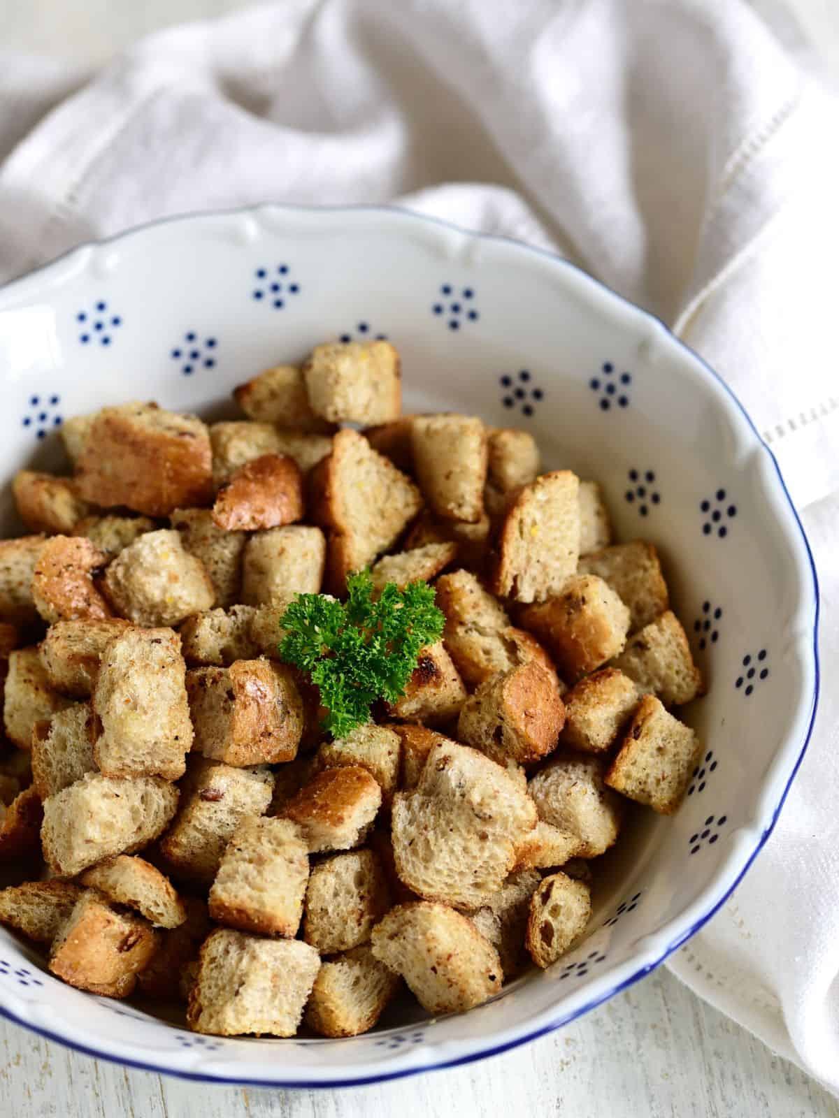 bread croutons for soup