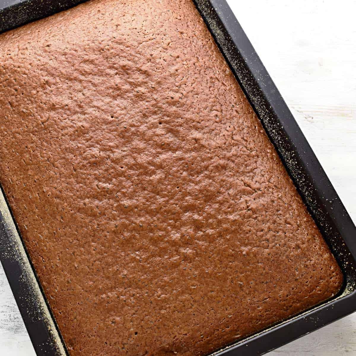 Buttermilk cake baked.